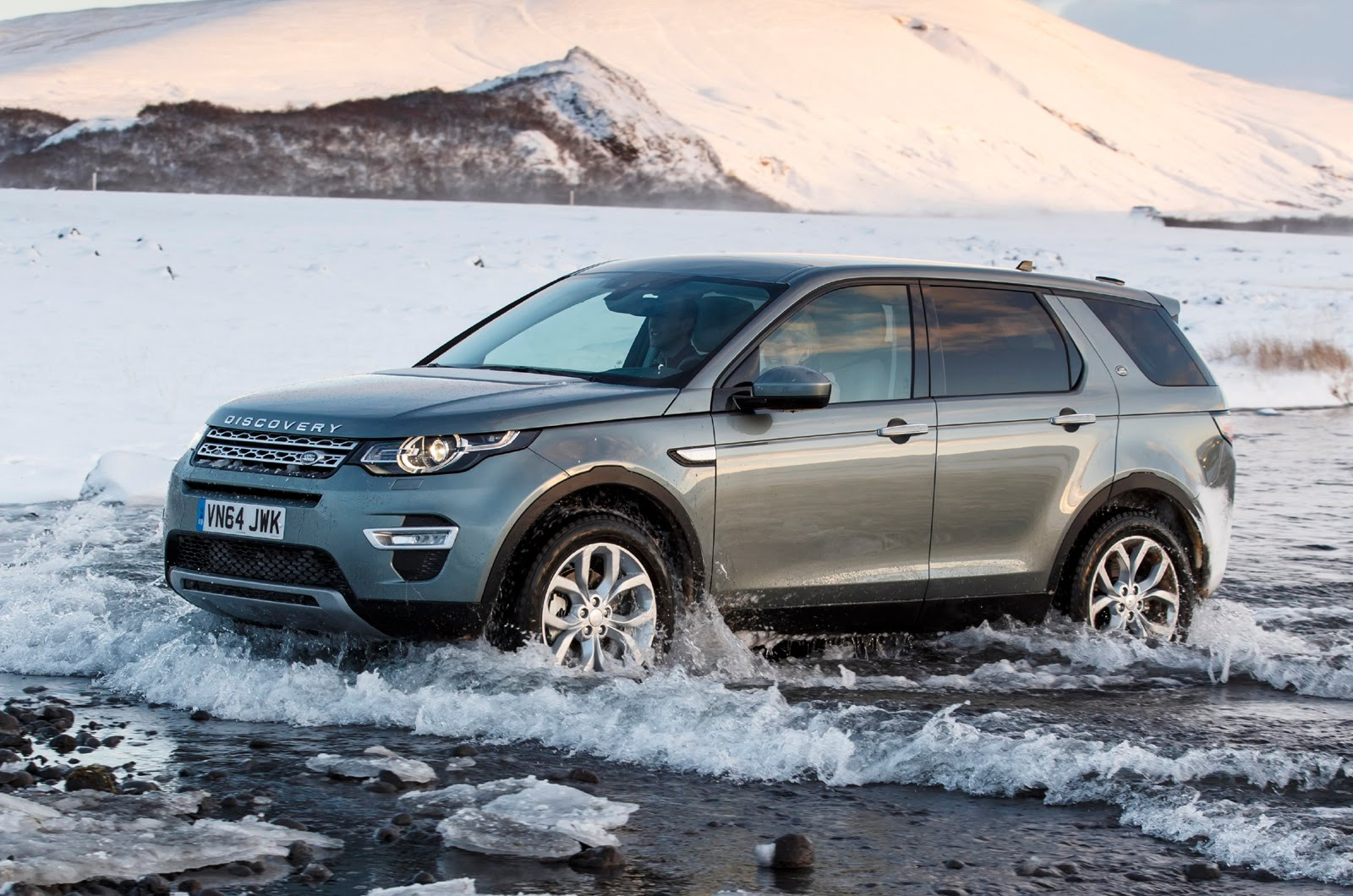 2015 land rover discovery sport coming to india ilive2drive. Black Bedroom Furniture Sets. Home Design Ideas